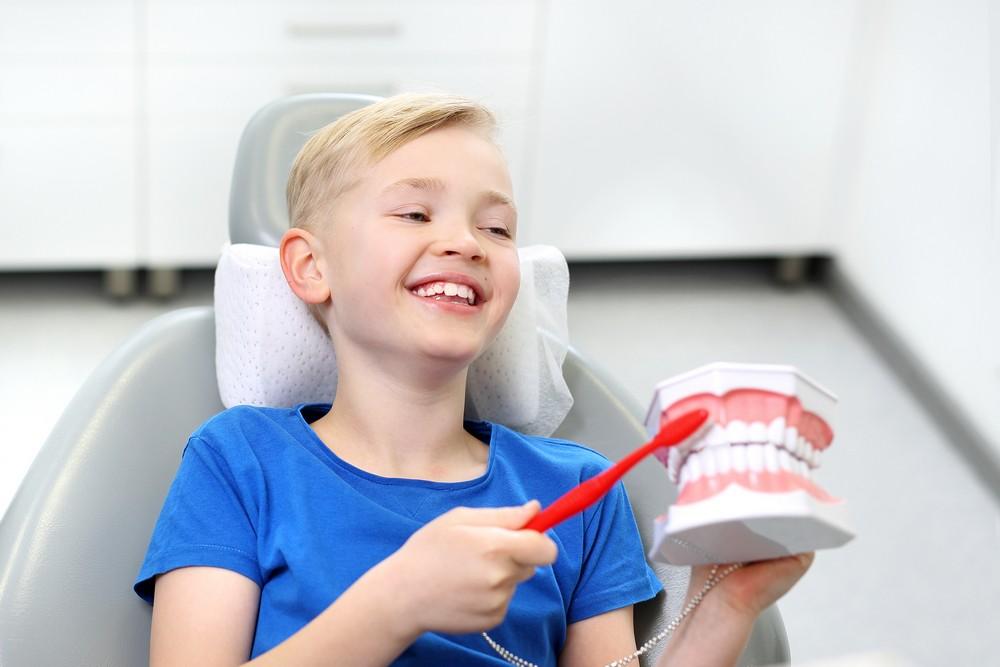 dentist copii bucuresti, sigilare dentara copii bucuresti, dr anda cruceru, pedodontie bucuresti